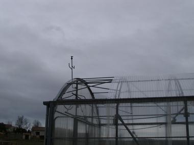 Reparación de cubierta techo en invernadero de policarbonato