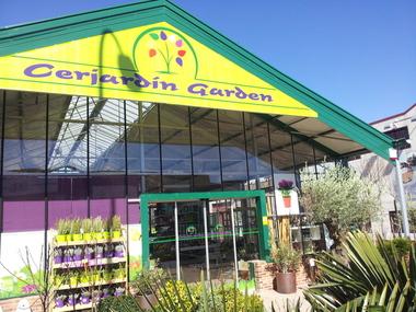 Diseño y montaje de centro de jardinería