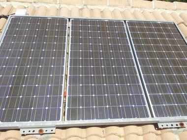 Instalación placas fotovoltaicas ampliación consumo vivienda aislada en Córdoba