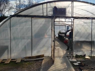 Reparación Cubierta Film Plástico 800 galgas Invernadero Madrid
