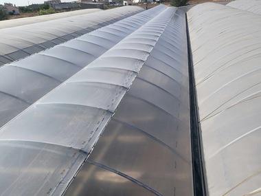 Cambio Plástico, instalacion 2 ventanas supercenit, Reparación de 9 laterales. motorización y automatización 11 ventanas en invernadero de vivero en Ciudad Real
