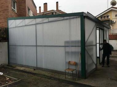 Reparación invernadero placa Policarbonato escuela discapacitados